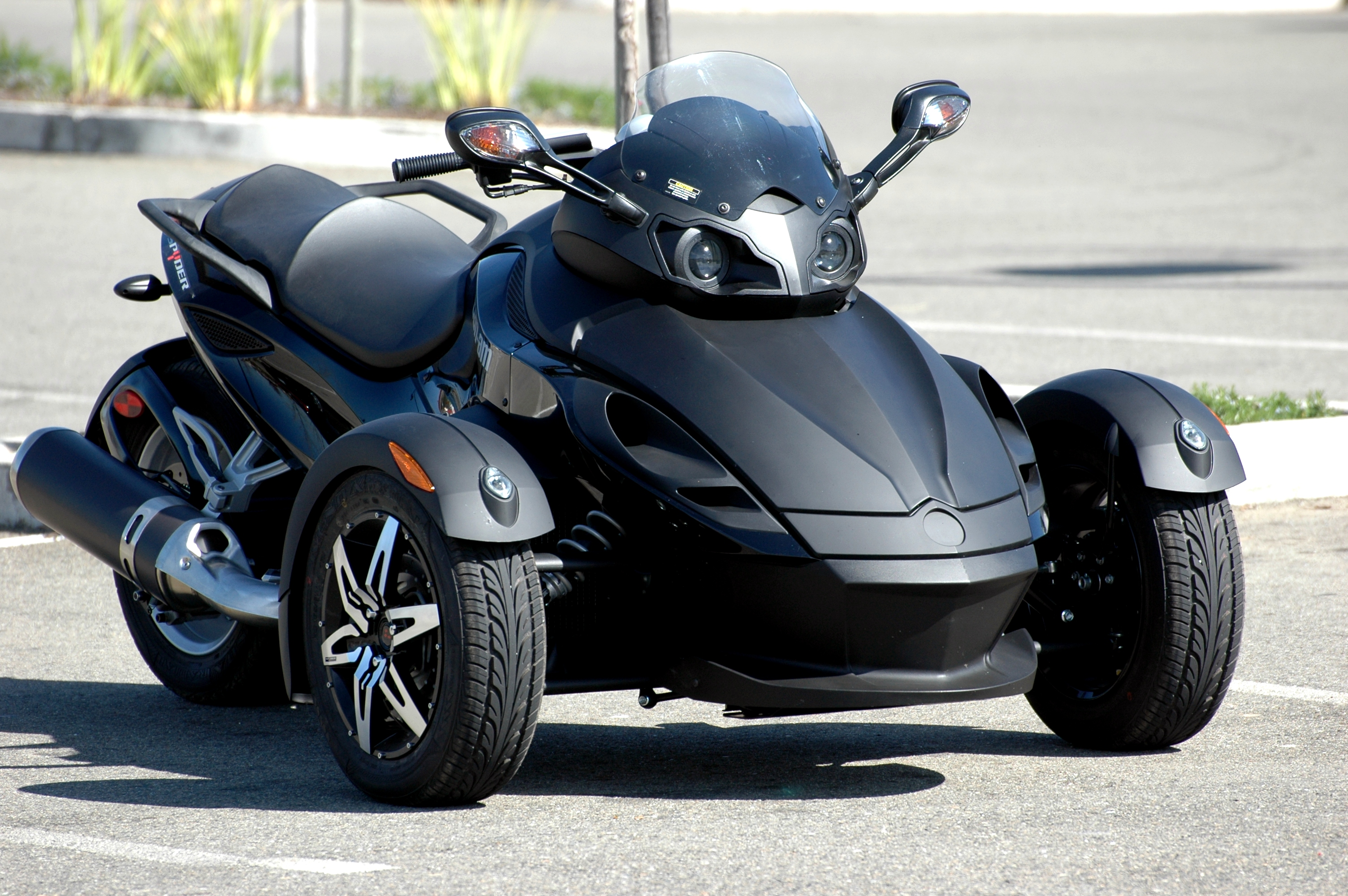 Spyder Motorcycle For Sale >> MichaelHugo.com » 2010 » March