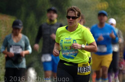 KAIA Sierra Run Chicks at the 20 mile marker